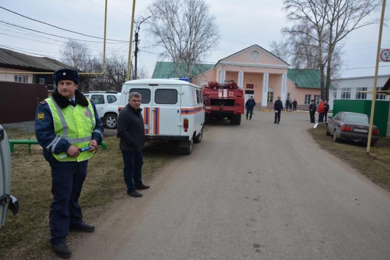 За 2 дня в Старошайговском районе Мордовии отработан комплекс мероприятий по реагированию на самые различные угрозы мирного и военного времени.