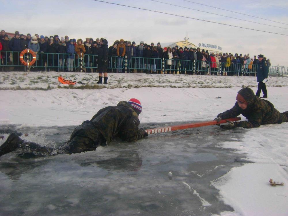 Занятия с детьми на льду