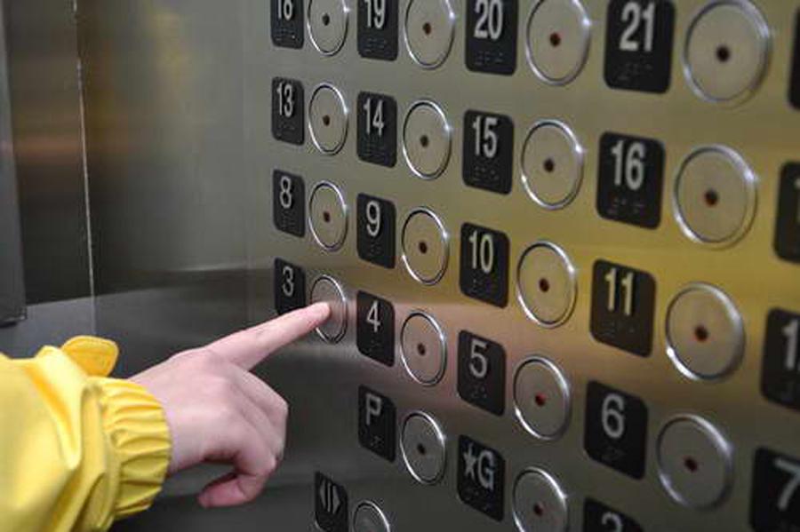 Правила поведения в лифте