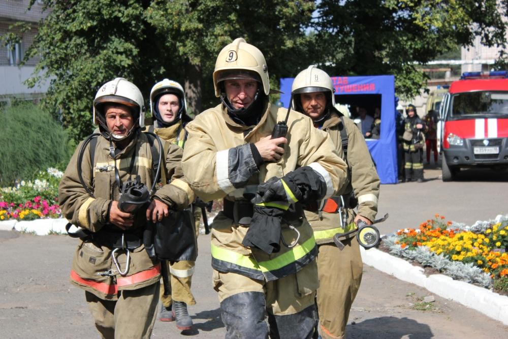 Пожарно-тактическое учение в доме-интернате для престарелых и инвалидов