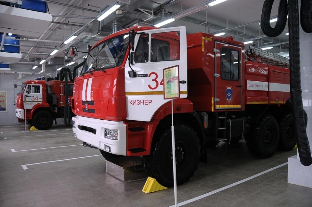 Церемония открытия новой пожарно-спасательной части в п. Кизнер