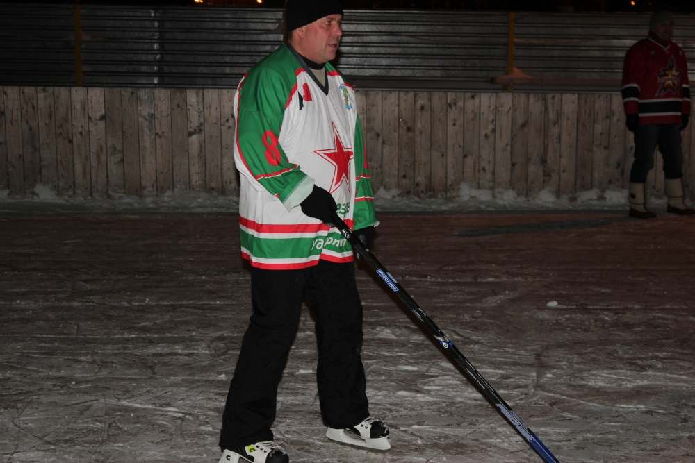 Традиционная Новогодняя встреча и хоккейный матч -2016