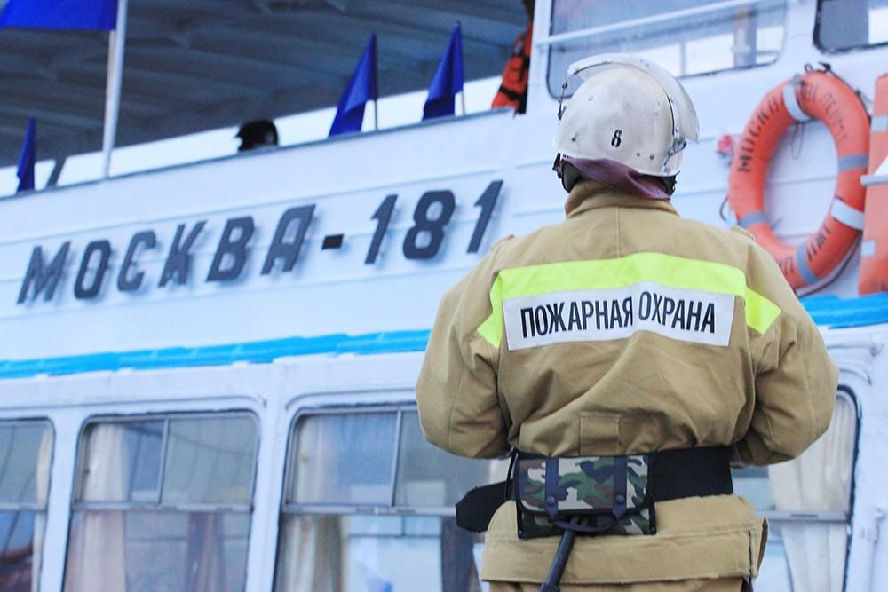 """Учения на теплоходе """"Москва-181"""""""