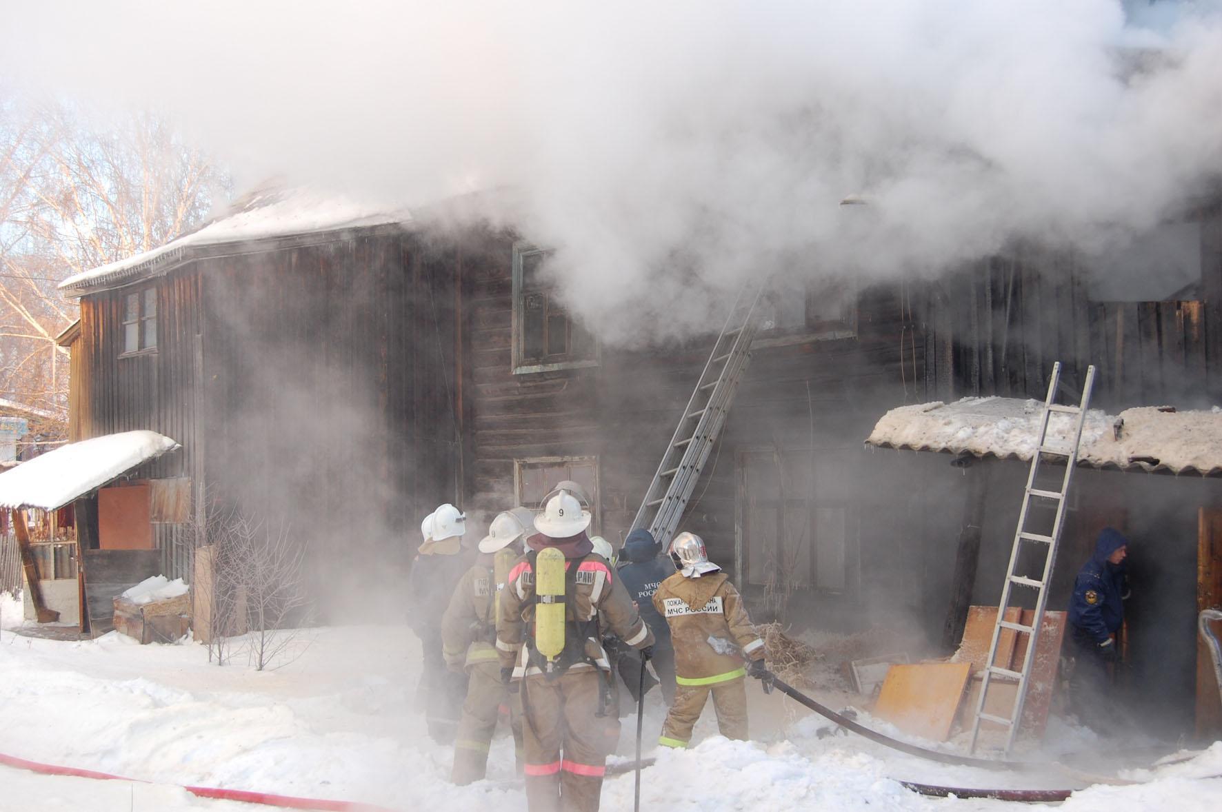 Пожар в г. Ижевске на улице Казанская, 180
