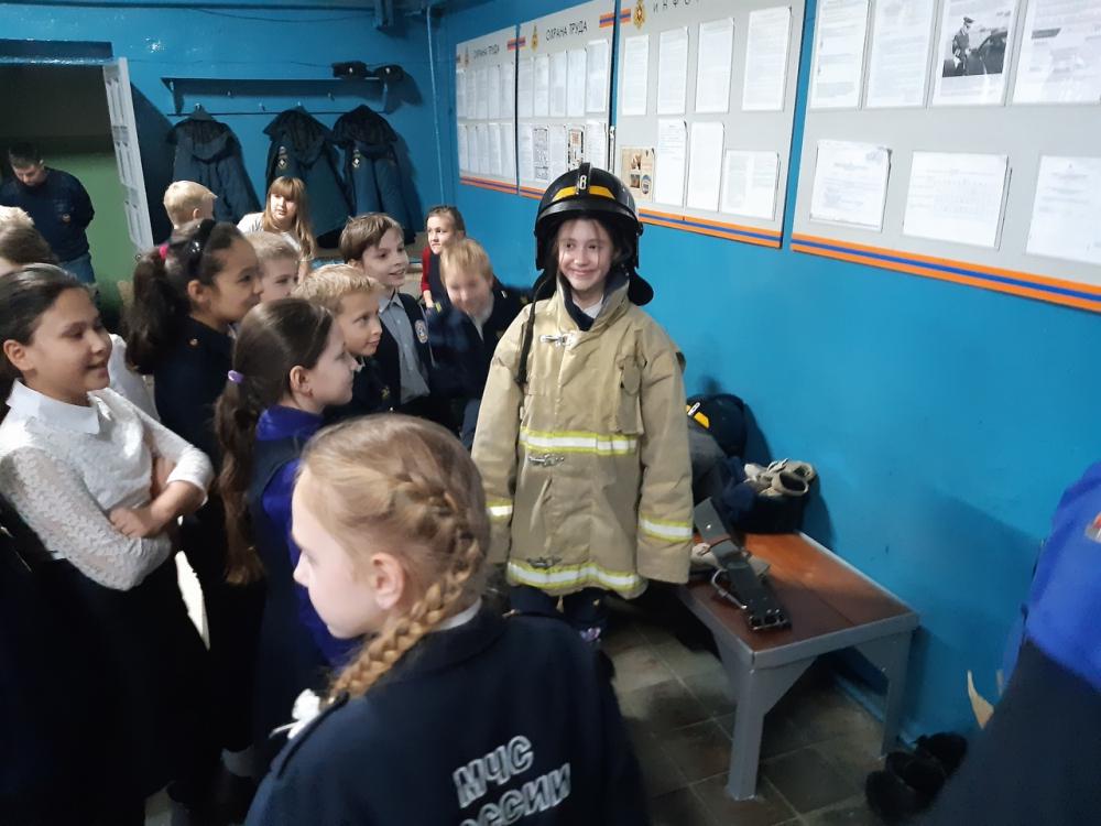 Кадеты школы №7 побывали в гостях у огнеборцев