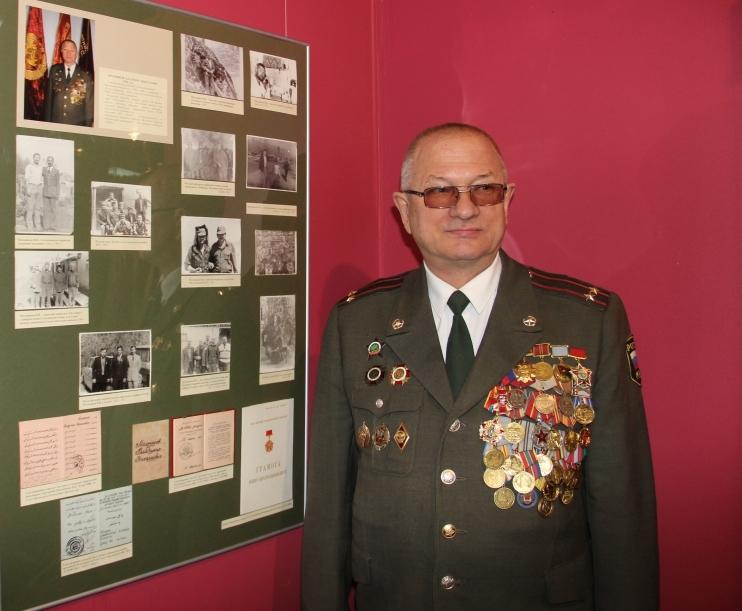 Сотрудники регионального МЧС приняли участие в открытии выставки «Имя подвига — Афганистан» в Ленинском мемориале