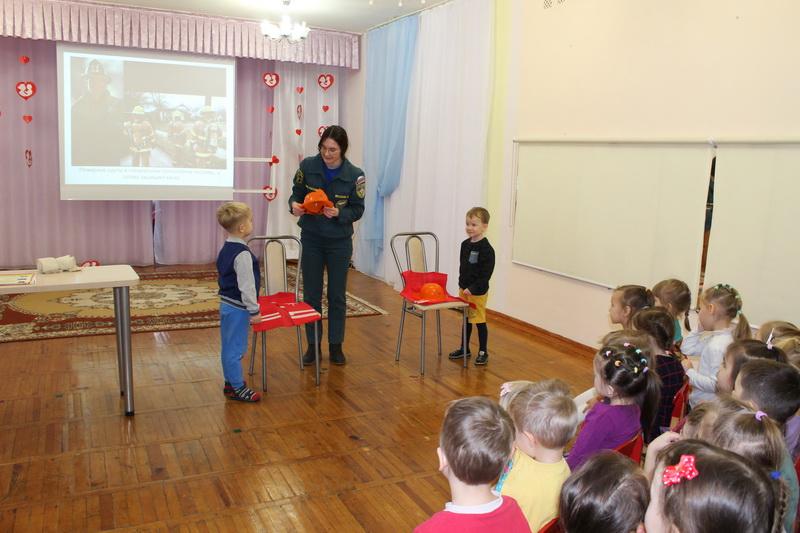 В чебоксарском детском саду № 61 состоялся День безопасности