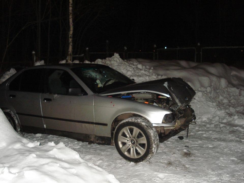 Разбитые машины зимой фото