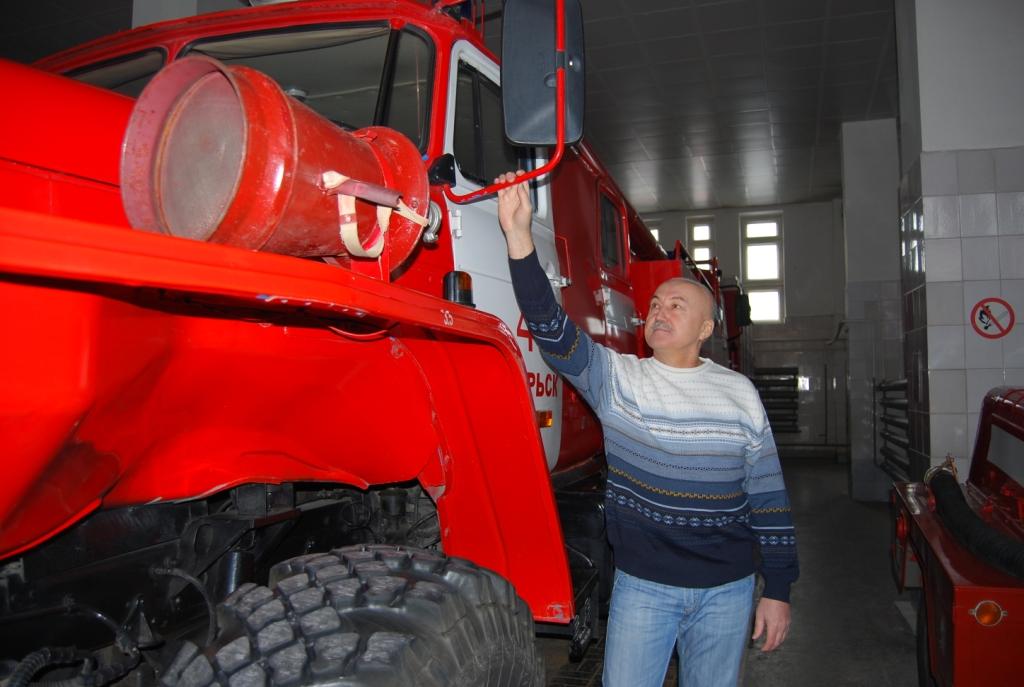 Ветеран пожарной охраны Ноябрьска И.И. Жолобайло