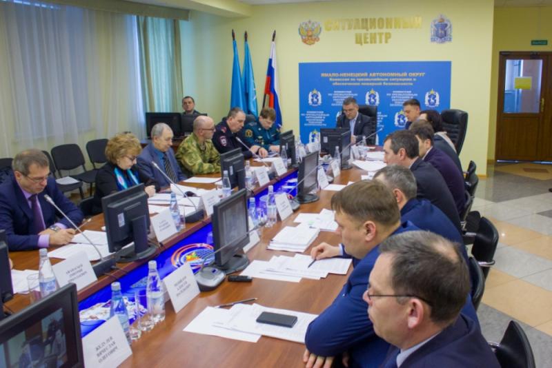 В столице Ямала обсудили противопаводковые мероприятия и готовность к пожароопасному сезону в 2019 году