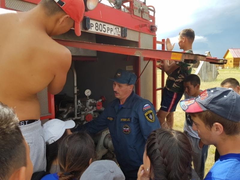 На озере Чагытай проведена полевая практика учащихся кадетского класса «Юный спасатель»