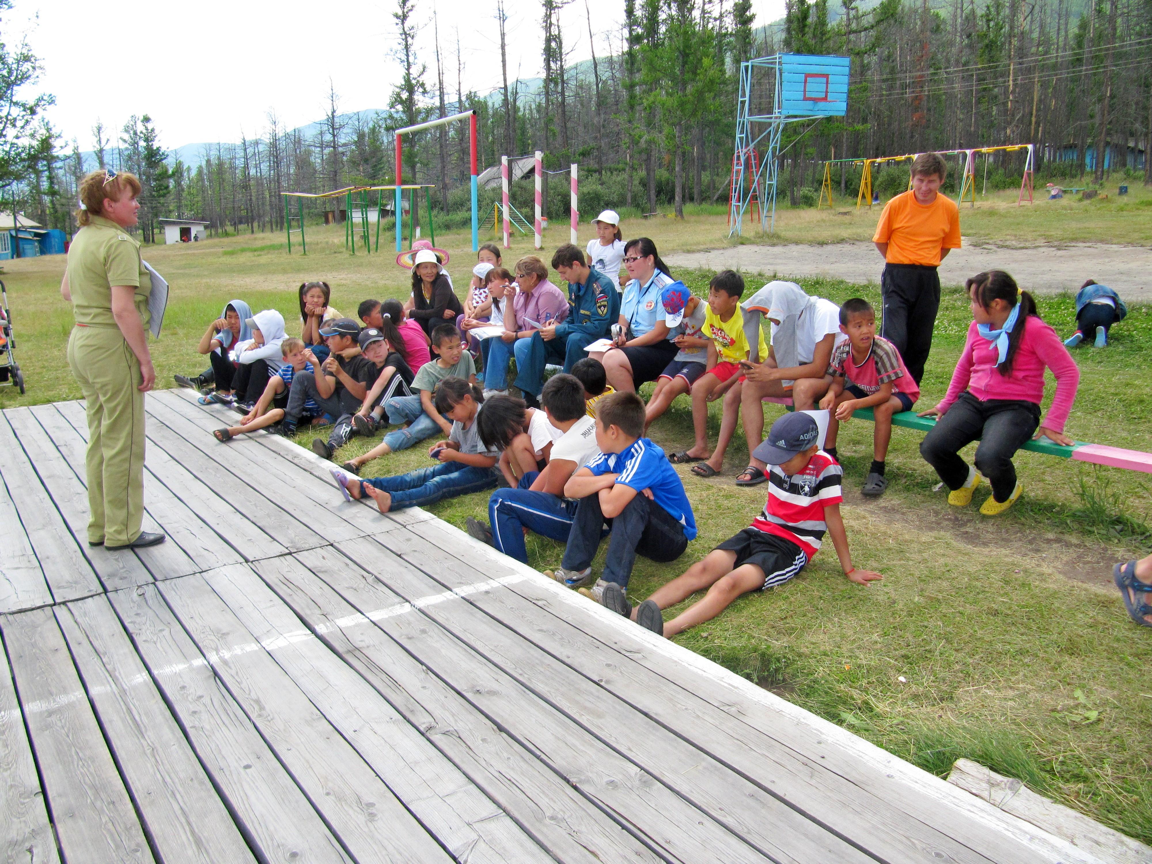 Сотрудники МЧС провели мероприятия по правилам пожарной безопасности в детском лагере «Байлак»