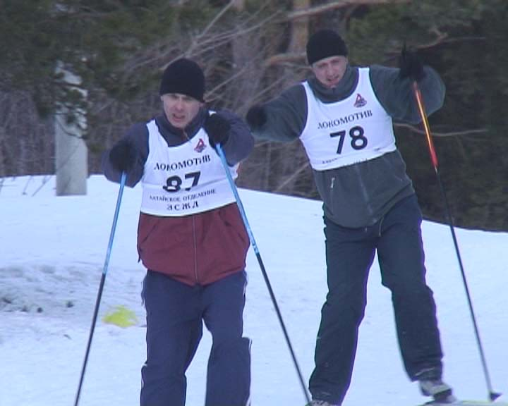 На базе «Локомотив» города Барнаула состоялся лыжный забег, посвященный Всемирному дню гражданской обороны.