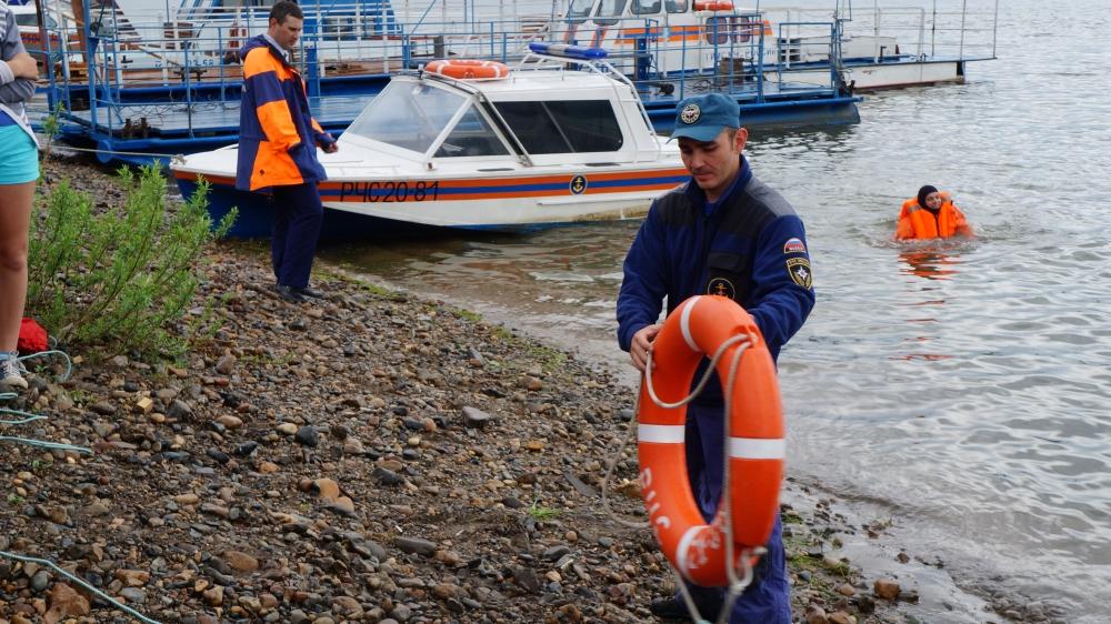 Уроки безопасности на воде с кузбасскими детьми