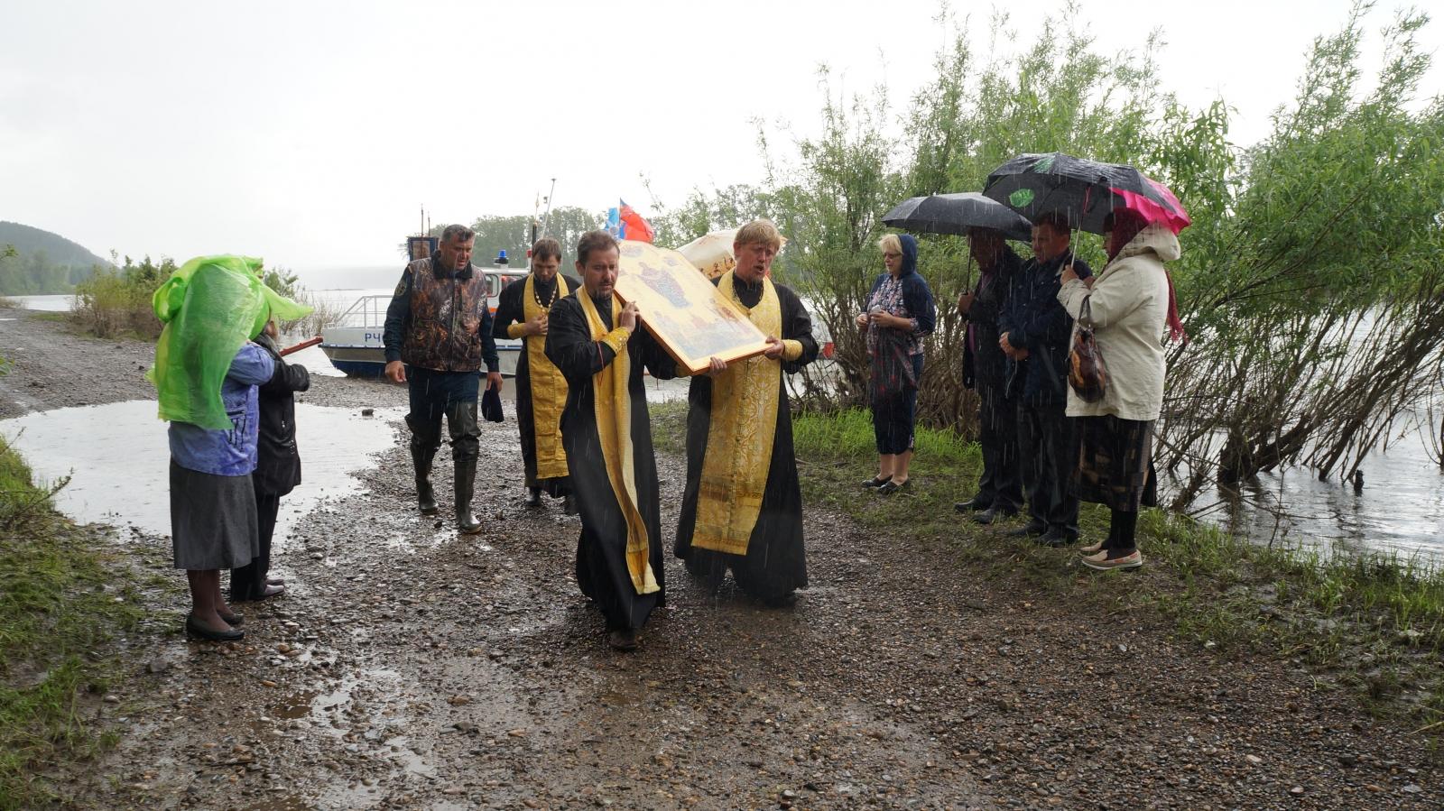 Крестный ход–сплав «За благополучие Земли Кузнецкой»