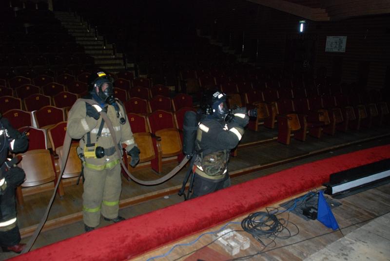 Тренировочное пожарно-тактическое учение в здании Музыкального театра Кузбасса им. А. Боброва в г. Кемерово