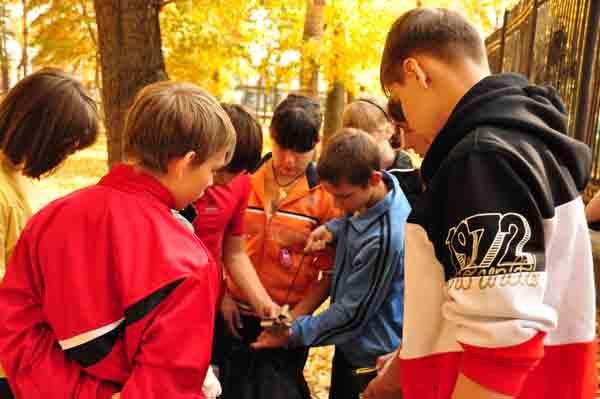 """Студенческий спасательный отряд """"ОМЕГА"""" реализовал проект """"Курс выживания в природной среде"""" - 2011"""
