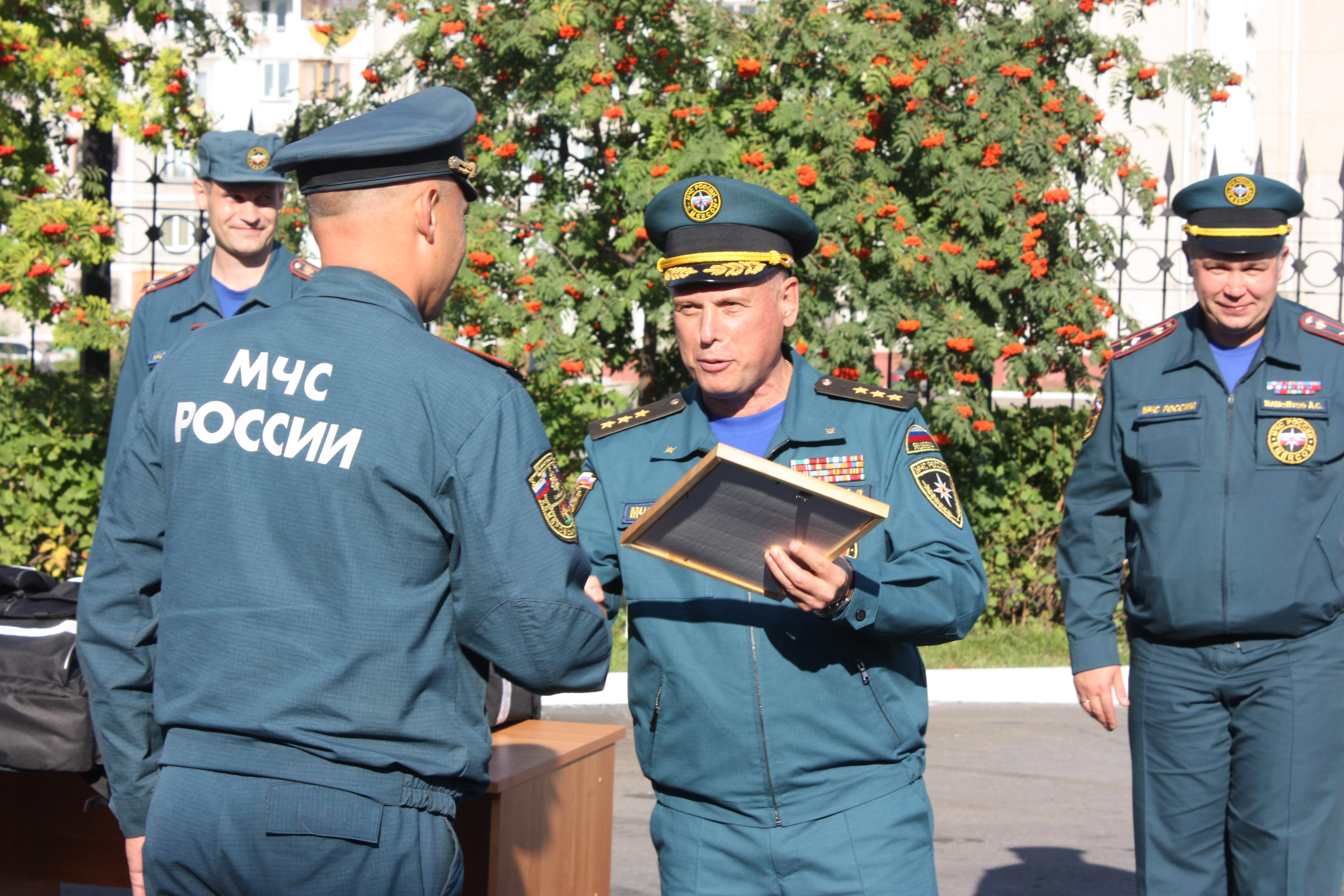 ЗАМЕСТИТЕЛЬ МИНИСТРА МЧС РОССИИ А.П.ЧУПРИЯН  В  КУЗБАССЕ