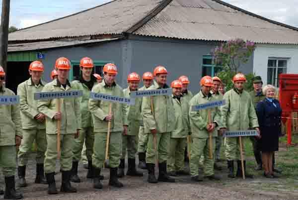 ТСУ по защите населенного пункта от лесного пожара. Крапивинский район, с.Каменка. 27 мая 2011 года.