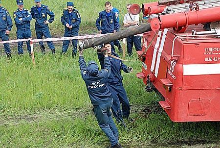 Соревнования пожарных водителей Кемеровского гарнизона