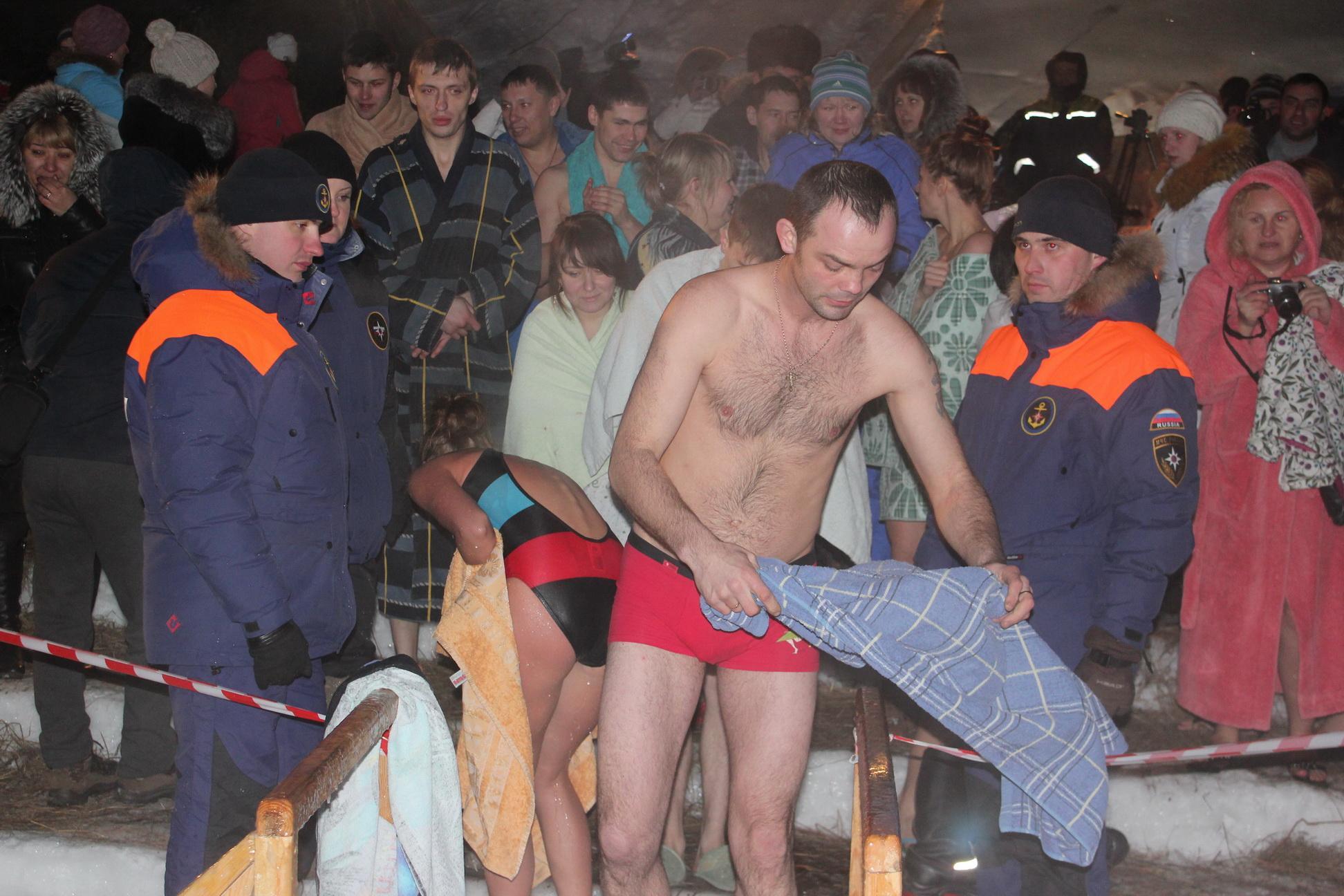 БЕЗОПАСНЫЕ КРЕЩЕНСКИЕ КУПЕЛИ В КУЗБАССЕ