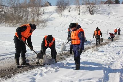 В Кузбассе ликвидированы более половины ледовых переправ
