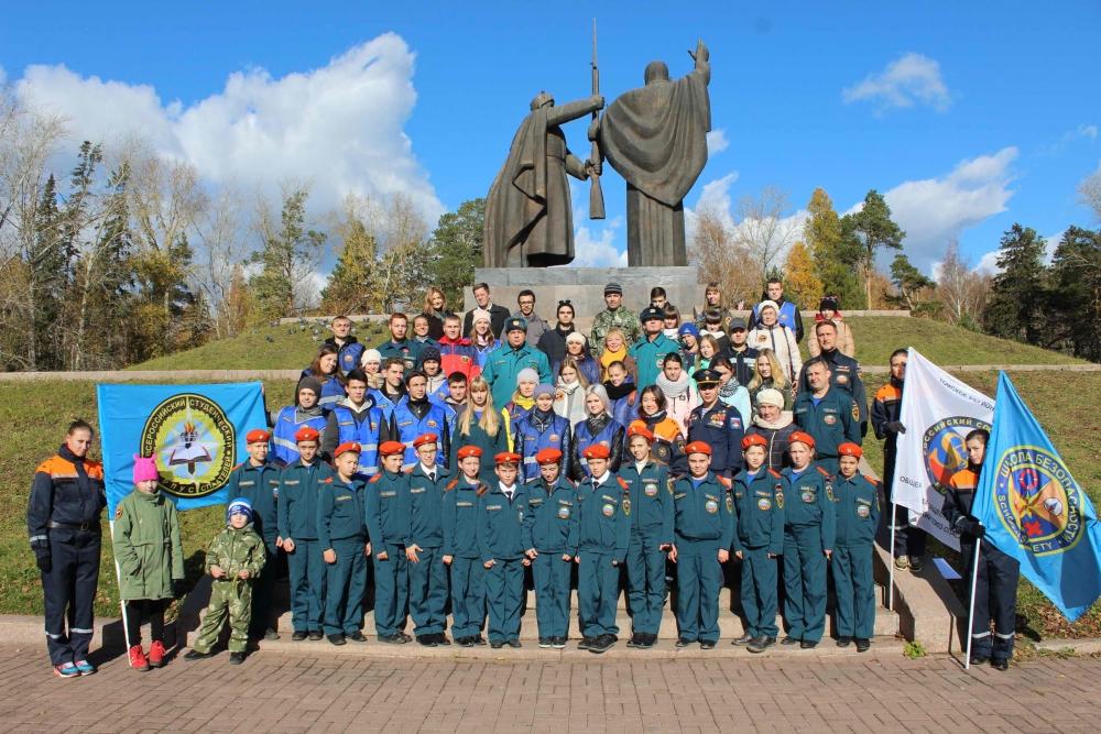 В Томске появилась аллея памяти ветеранам гражданской обороны