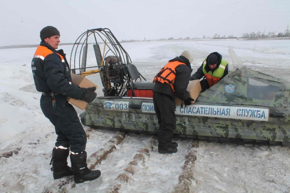 Ледовзрывные работы у села Могочино Молчановского района