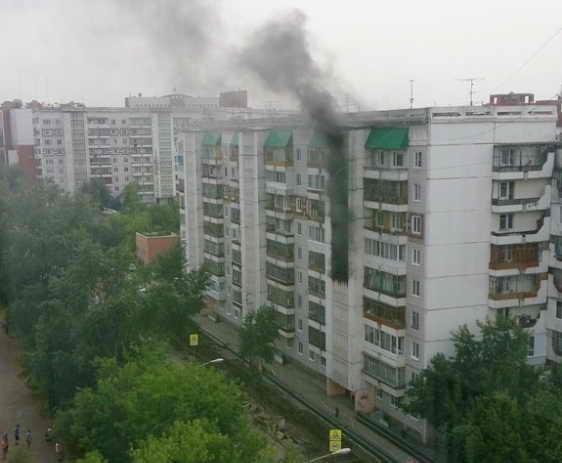 Томичка поблагодарила пожарных за слаженную работу при ликвидации возгорания в жилом доме по адресу: ул. Лебедева, 11 (19 июля 2015 года)