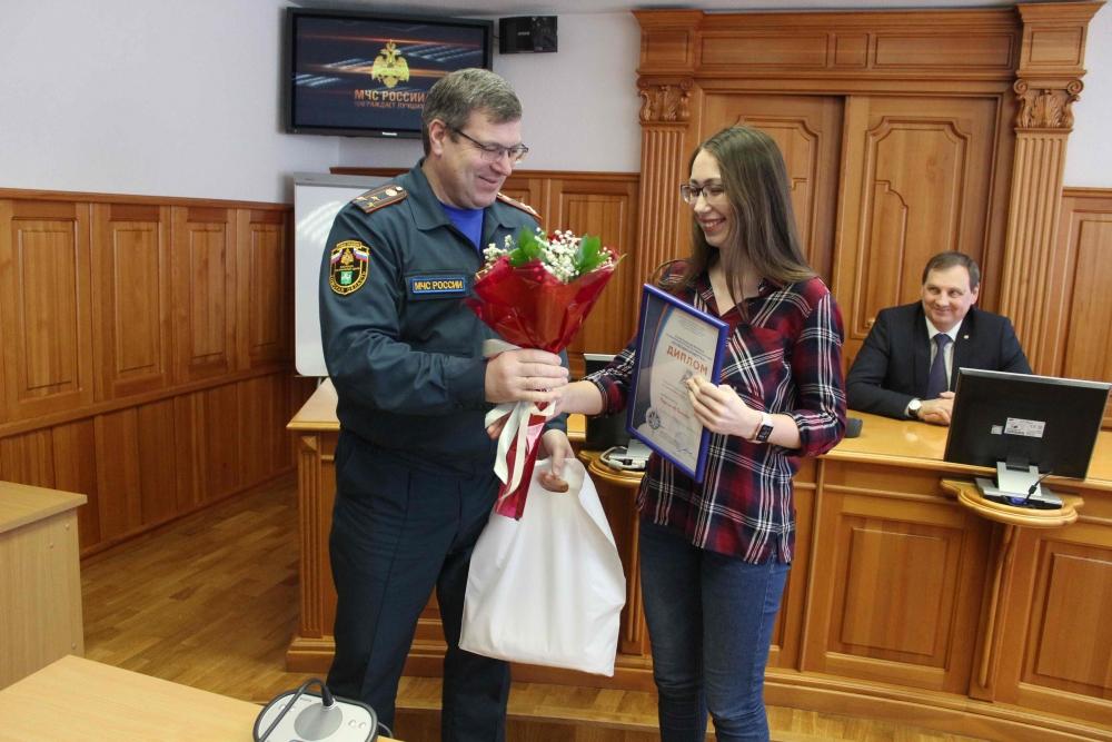 Награждение победителей регионального этапа IX Всероссийского фестиваля по тематике безопасности и спасения людей «Созвездие мужества»
