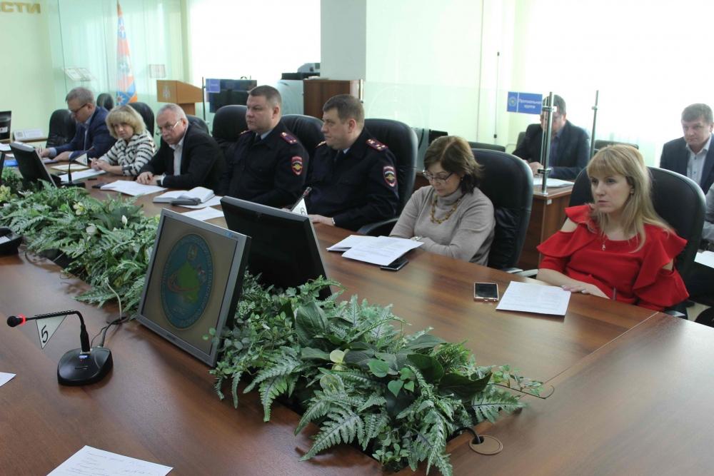 Заседание областной комиссии по предупреждению и ликвидации ЧС и обеспечению пожарной безопасности по подготовке региона к организованному пропуску паводковых вод