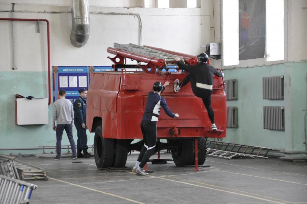 Cоревнования по пожарно-прикладному спорту, посвященные 70-летию Специальной пожарной охраны России и 90-летию Государственного пожарного надзора