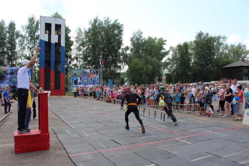 XV чемпионат по пожарно-прикладному спорту среди пожарных и спасателей Томской области в г. Колпашево. День первый.