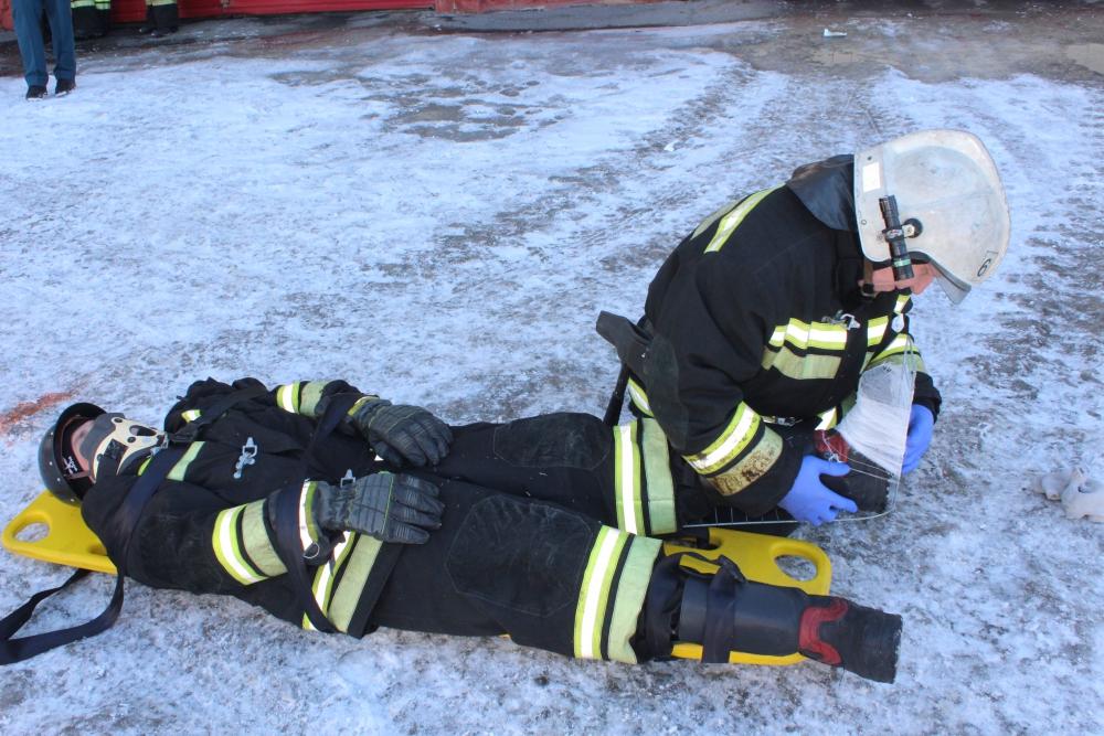 Городской этап соревнований на звание «Лучшая команда МЧС России по проведению аварийно-спасательных работ при ликвидации ЧС на автомобильном транспорте» среди подразделений федеральной противопожарной службы (13 марта 2019 года)
