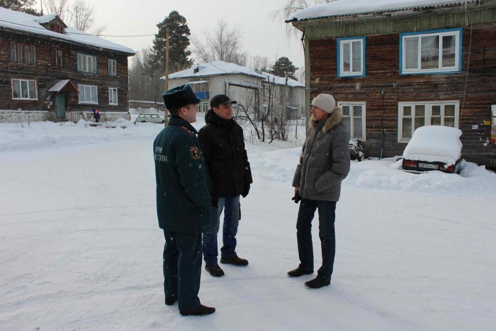 Рейд инспекторов отделения надзорной деятельности в пос. Копылово Томского района, 18 февраля 2016 года