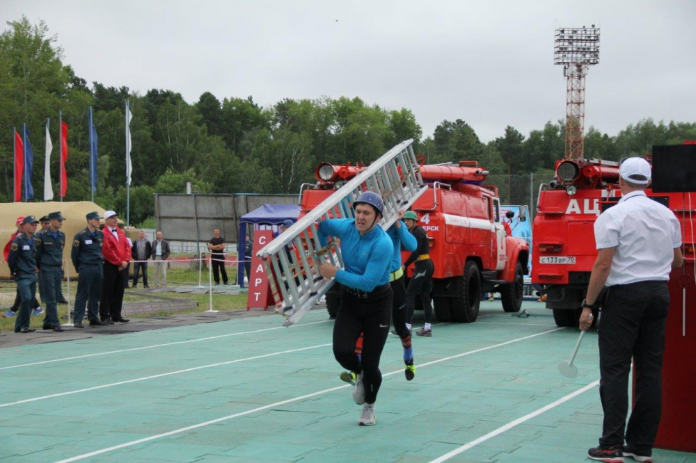 Межрегиональные соревнования по пожарно-спасательному спорту 16-18 июля 2019 года. День первый. Штурмовка, трехколенка