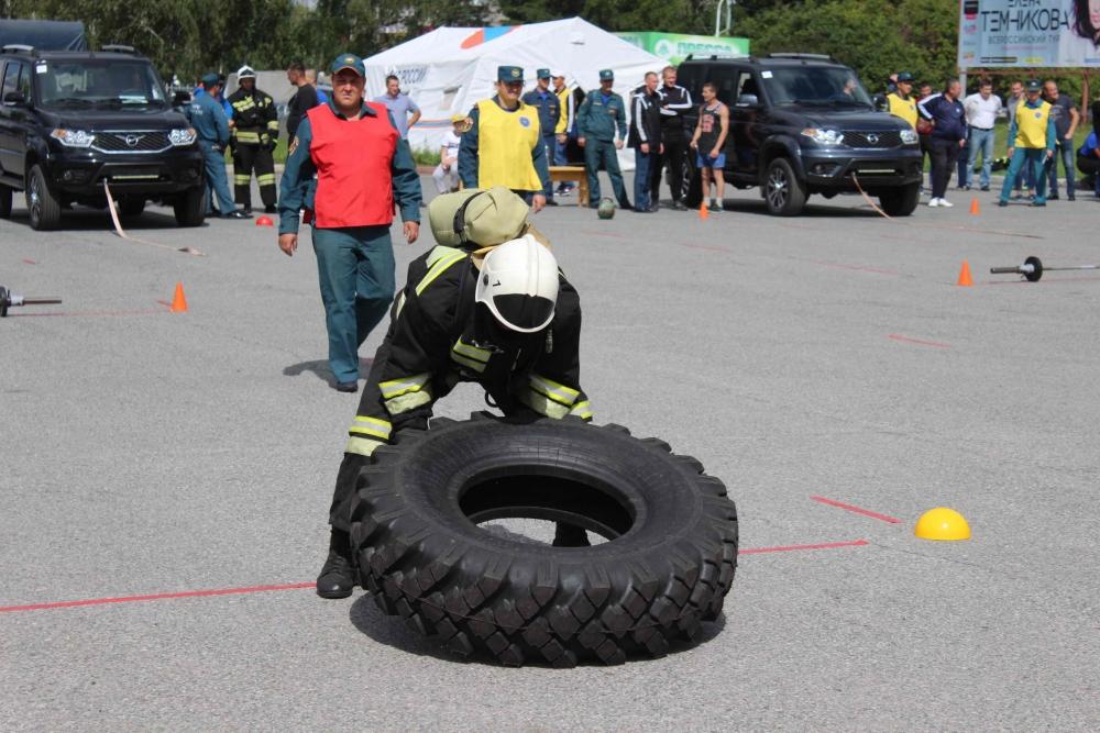 Соревнования по пожарному кроссфиту