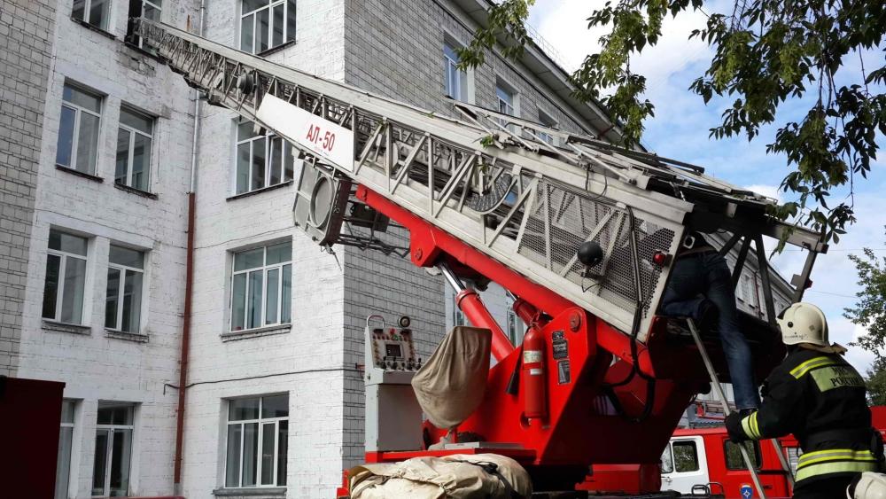 Пожарно-тактические учения во 2-ом корпусе Томского государственного университета