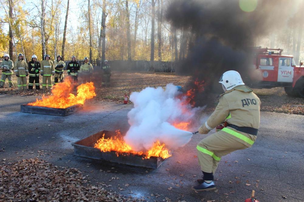 Соревнования по пожарно-спасательному спорту среди дружин юных пожарных (преодоление стометровой полосы с препятствиями, пожарная эстафета, награждение победителей, 9 октября 2019 года)