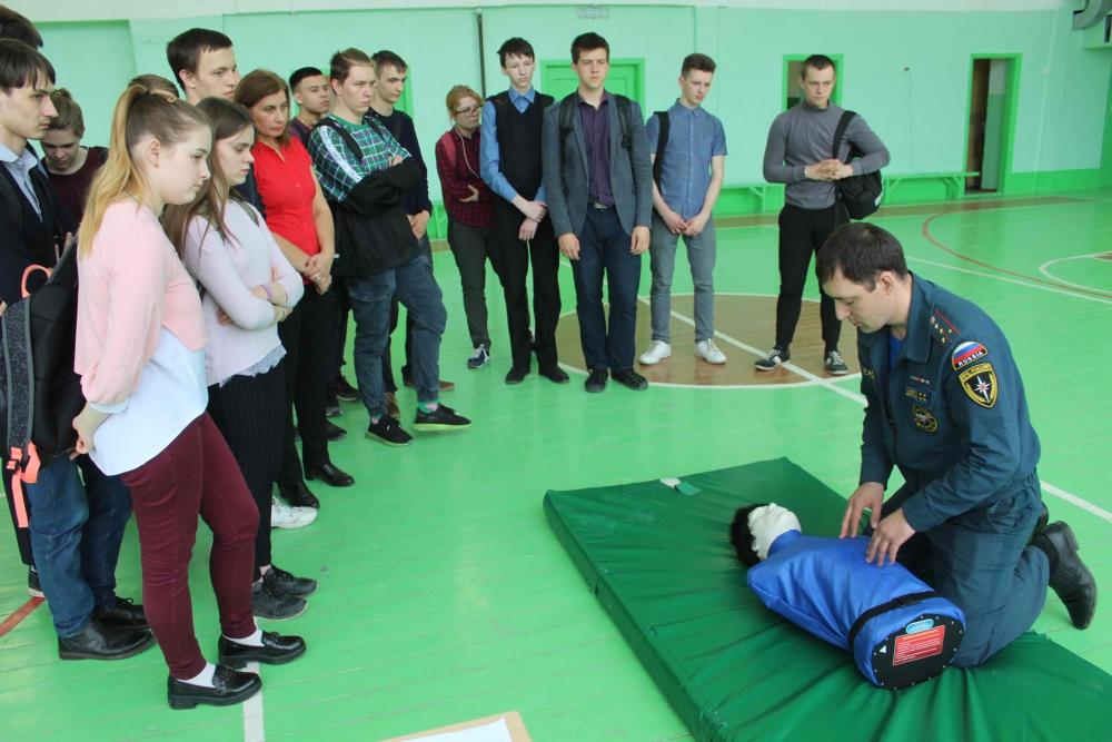 Открытый урок по основам безопасности жизнедеятельности в школе № 33 г. Томска, посвященный 370 годовщине образования пожарной охраны (24 апреля 2019 года)