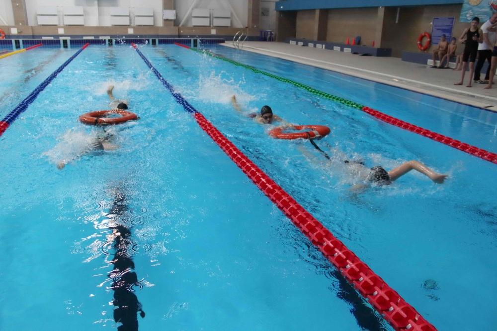 Фестиваль по водно-спасательному многоборью «Спасатель-2017» в Центре водных видов спорта «Звездный»