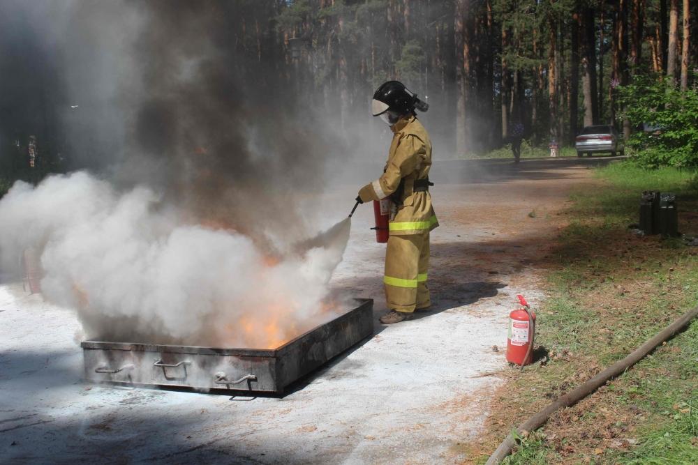 Комбинированная пожарная эстафета. Закрытие соревнований «Школа безопасности».