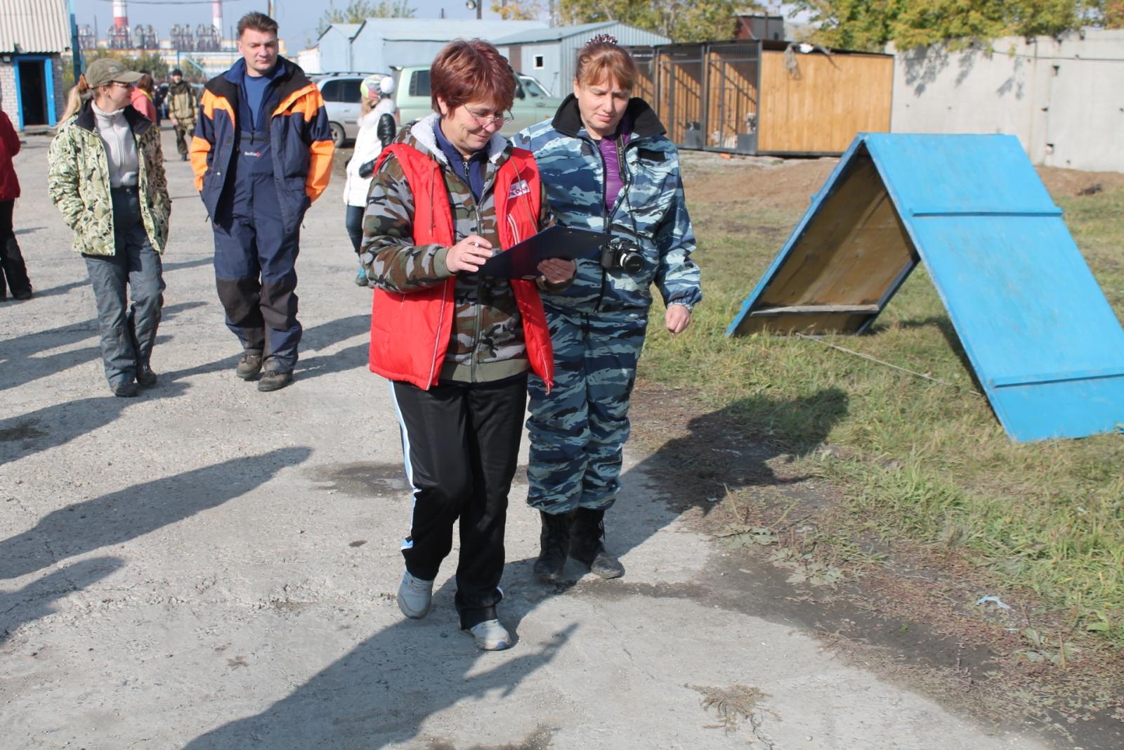 В Алтайском крае кинологи томского отделения «Россоюзспаса» приняли участие в учебно-тренировочных сборах и сертификационных испытаниях по поиску и спасению людей, 23-28 сентября 2015 года