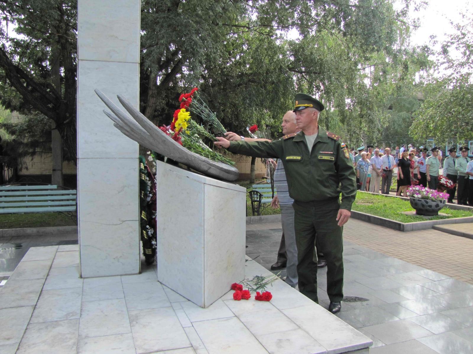 18 лет со дня трагедии в Томском высшем военном командном училище связи
