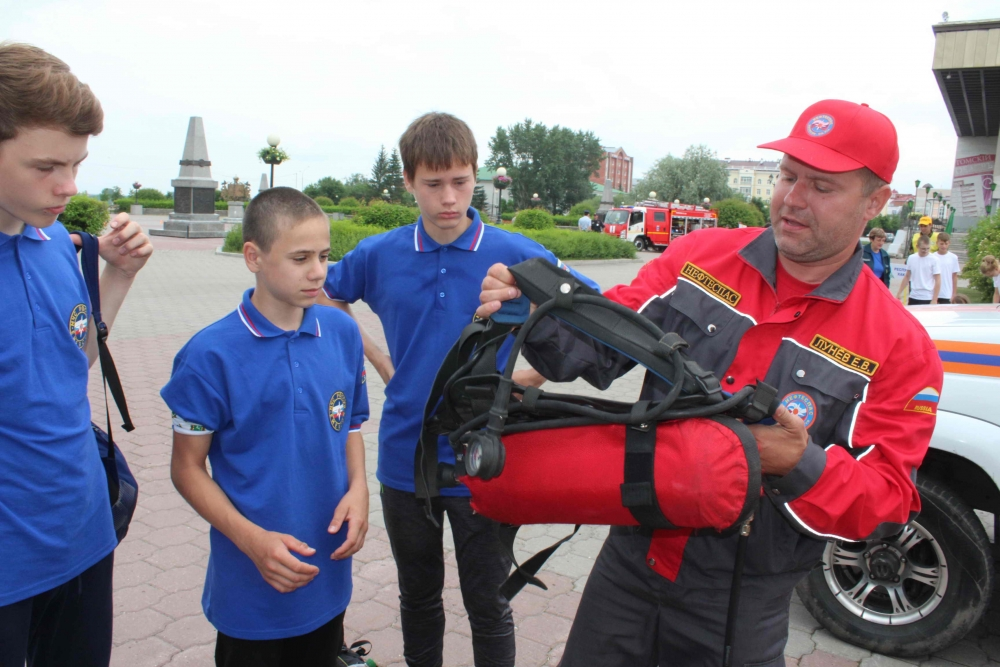 Открытие межрегиональных соревнований «Школа безопасности».