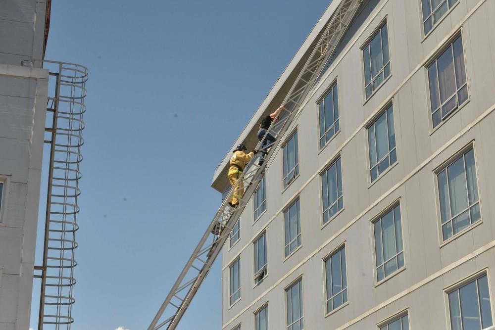 Пожарно-тактические учения в здании научно-производственной фирмы «Микран»
