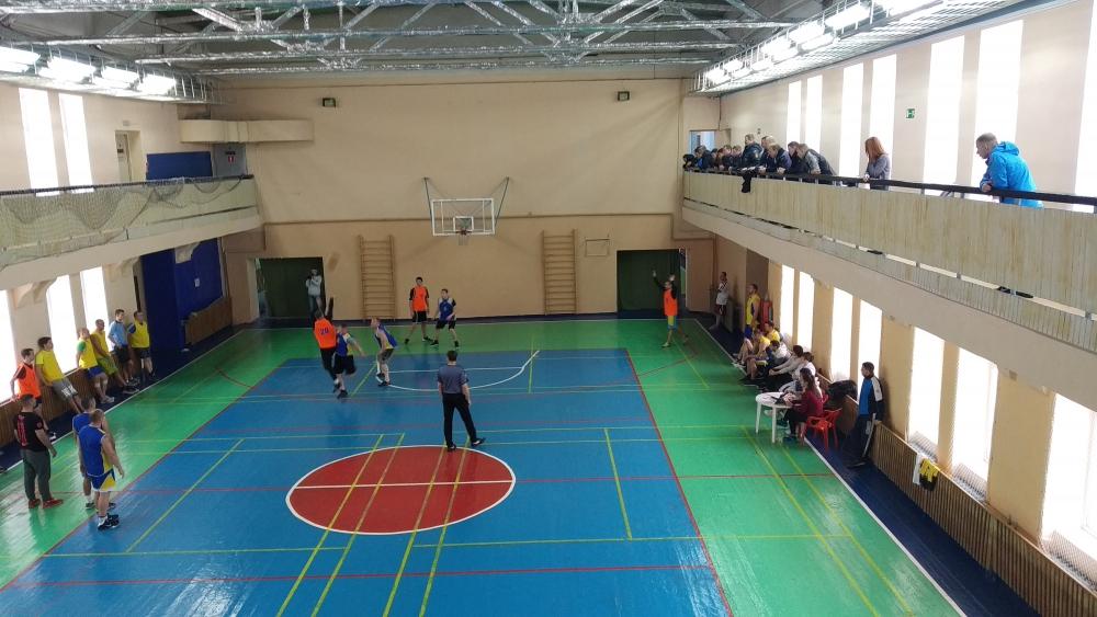 Северские огнеборцы одержали победу на городских соревнованиях по стритболу