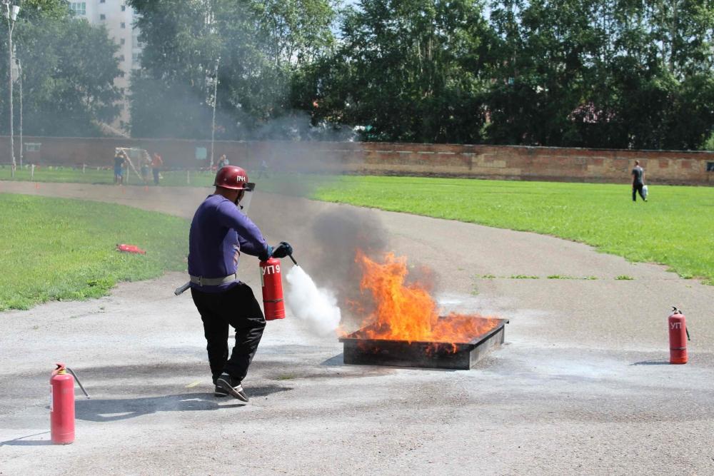 Соревнования по пожарно-прикладному спорту среди подразделений Томского пожарно-спасательного гарнизона, 7-8 июля 2016 года