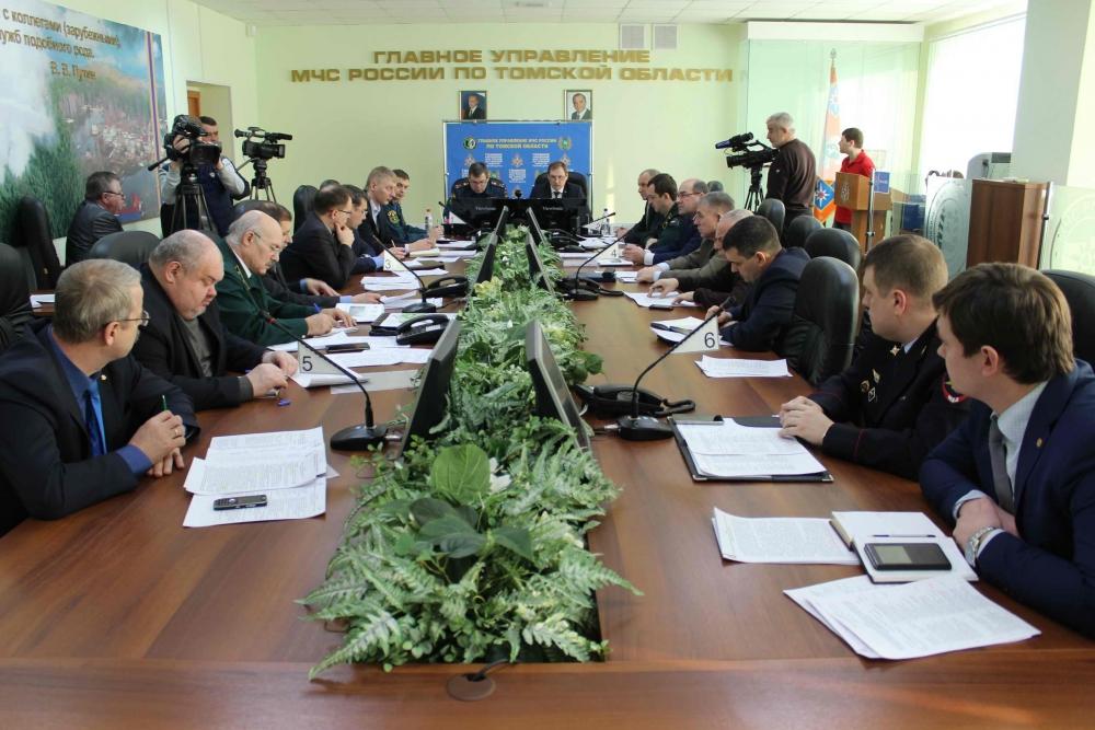 Заседание областной межведомственной комиссии по предупреждению и ликвидации чрезвычайных ситуаций и обеспечению пожарной безопасности
