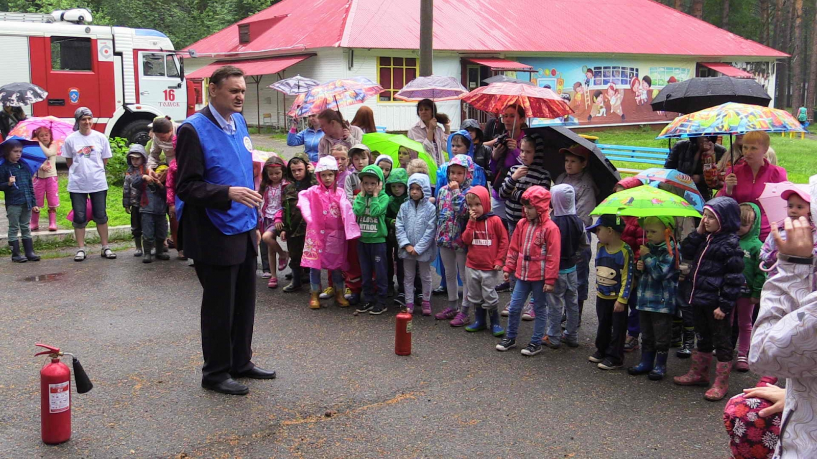 """День безопасности в детском оздоровительном лагере """"Лукоморье"""", 9 июня 2015 года"""